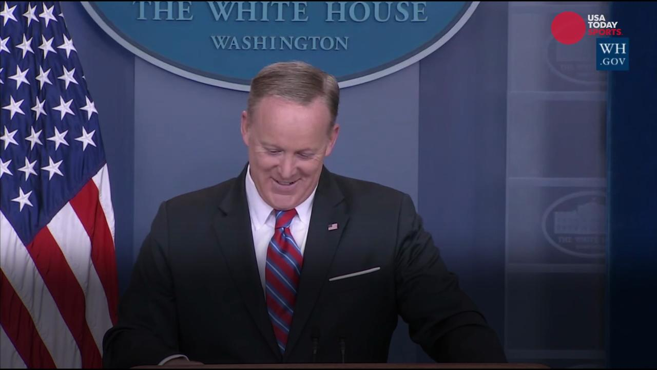 Gronk offers to help out Sean Spicer at the White House