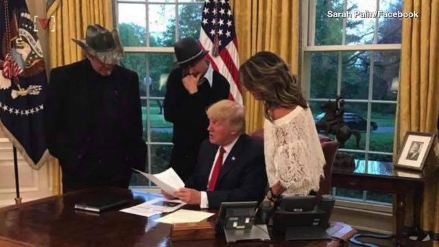 Sarah Palin, Ted Nugent, and Kid Rock went to the White House for dinner. Elizabeth Keatinge has more.