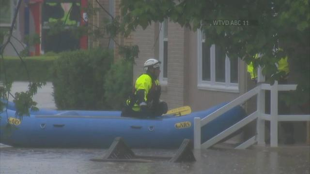 A woman escaped from her minivan in Raleigh, North Carolina after she got stuck in a flood. Firefighters with inflatable rafts rescued at least six people and a dog. Overflowing rivers are threatening to cause more floods, after days of rain. (April 26)