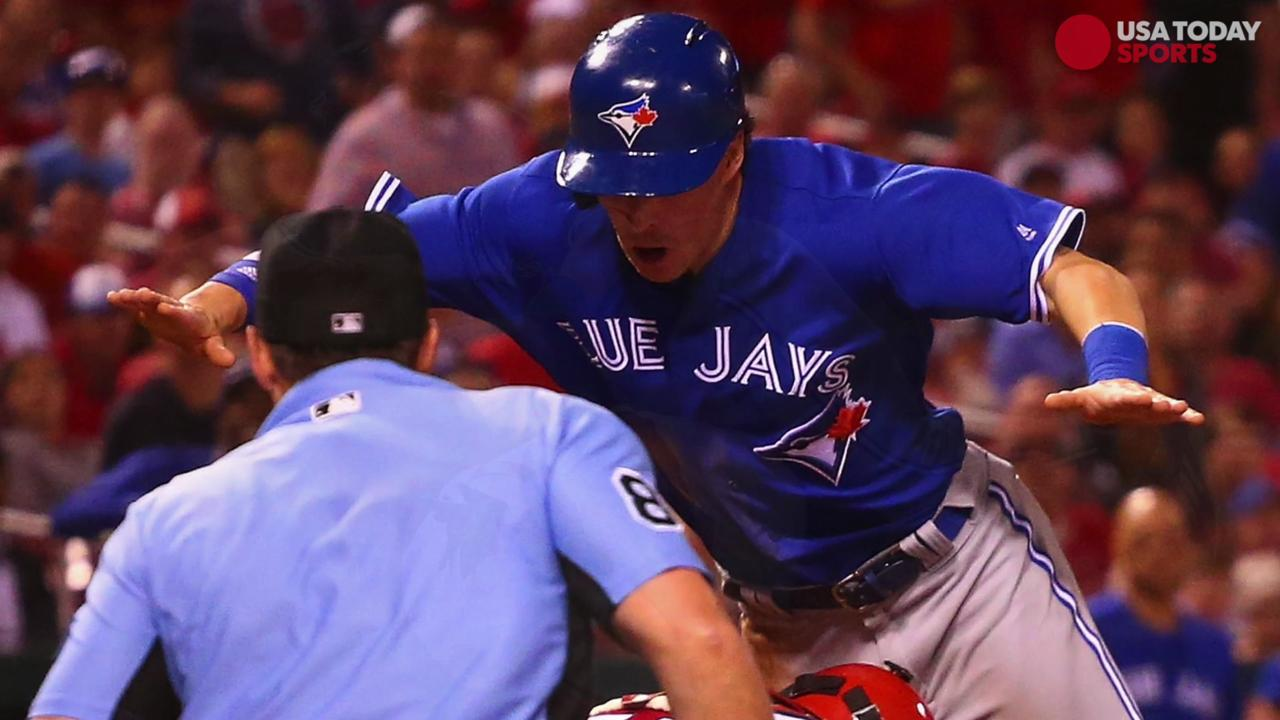 A look at Chris Coghlan's unbelievable play at home plate in Tuesday night's game between the Cardinals and Blue Jays.