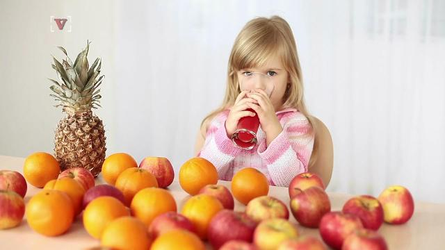 We know that fruit juices aren't all that great for our kids, but everything in moderation right?