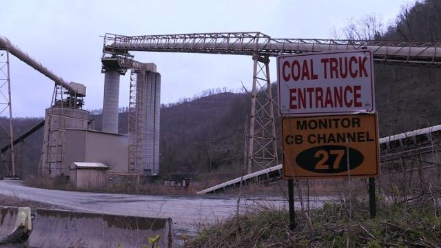 US President Donald Trump promised to bring back mining jobs, and in the first months since his election hiring at coal mines across West Virginia has seen an uptick, but the industry's long term future looks less certain. 