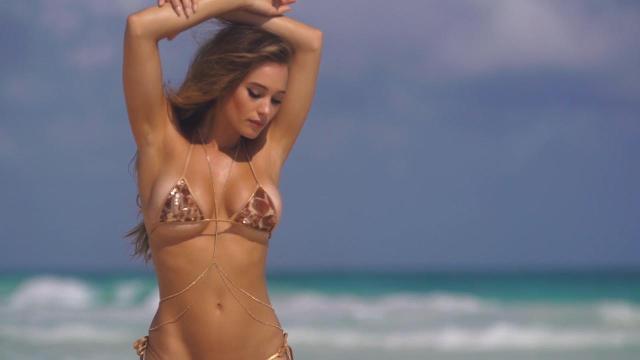 Sports illustrated bikini model contest