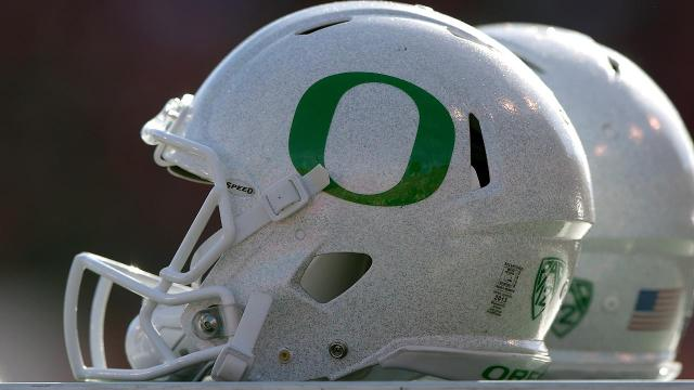 What are the chances of Oregon bouncing back in year one of the Willie Taggart era? SI's Andy Staples discusses what it will take for the Ducks to rebound in 2017.