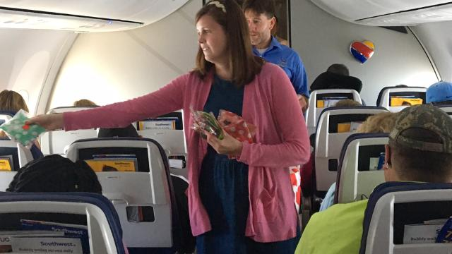 Girl throws b-day party on plane in wake of negative airline news