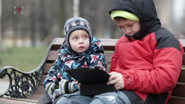 Study shows too much iPad time for kids may lead to speech delays