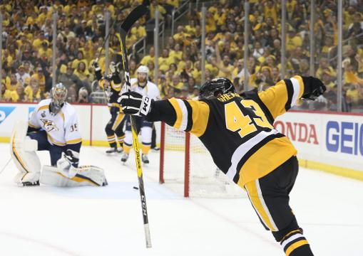After blowing a 3-0 lead, the Penguins got two goals late in the third period to win the Stanley Cup Final opener in Pittsburgh.