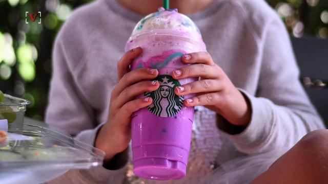 Christmas Tree Frap.Starbucks Hit With Lawsuit Over Unicorn Frappuccino