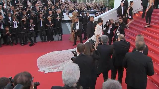 d2623bc073 Cannes  Why was everyone weirdly dressed at Nicole Kidman s movie ...
