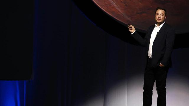 Elon Musk plans to create a self-sustaining city on Mars