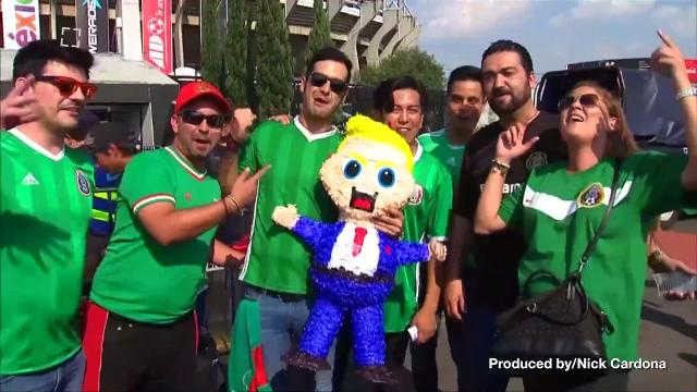 The politics of the American national anthem made its way to the soccer pitch in Mexico City. Veuer's Nick Cardona (@nickcardona93) has the story.