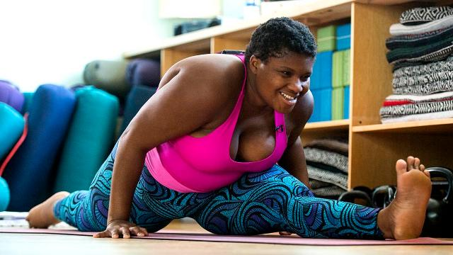 How IG yoga star Jessamyn Stanley handles haters