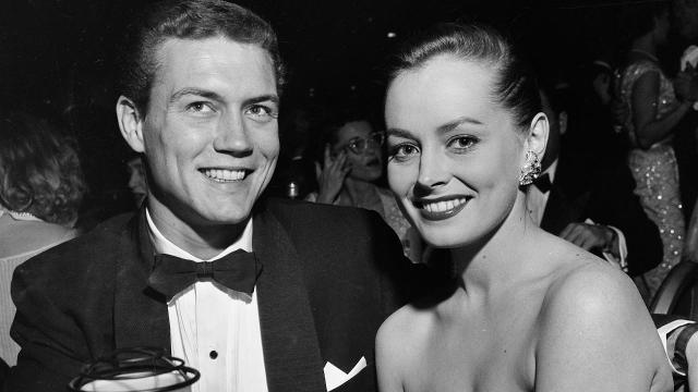 77 Sunset Strip Star Roger Smith Dies