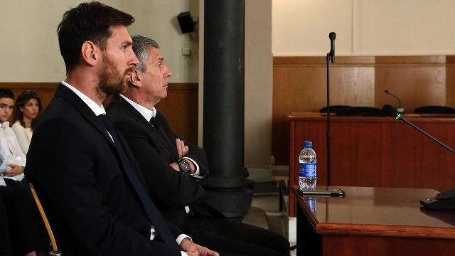 Lionel Messi has offered to pay an additional fine of 500,000 euros ($558,000) to ensure he avoids a 21-month prison sentence for tax fraud that a judge is expected to suspend, a S