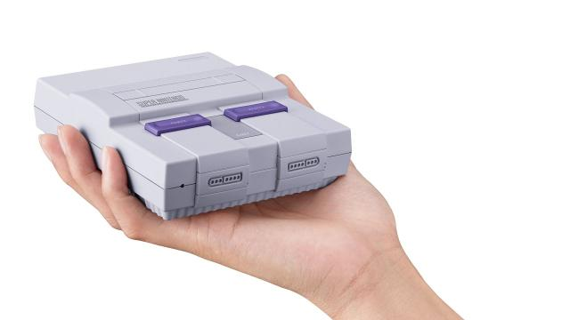 The SNES Classic will come with 21 retro Nintendo games pre-installed. Video provided by Newsy