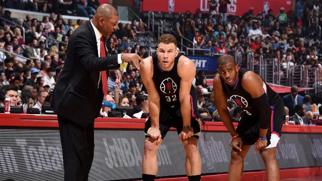 Clippers all-stars Chris Paul and Blake Griffin opt out of their contracts and will test free agency.