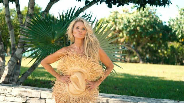 Christie Brinkley, 65, poses in her July 4th swimsuit and sets off Instagram fireworks