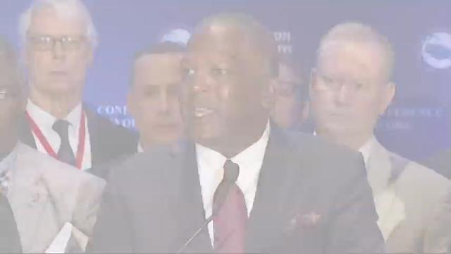 Hundreds of mayors meet, talks include sea rise